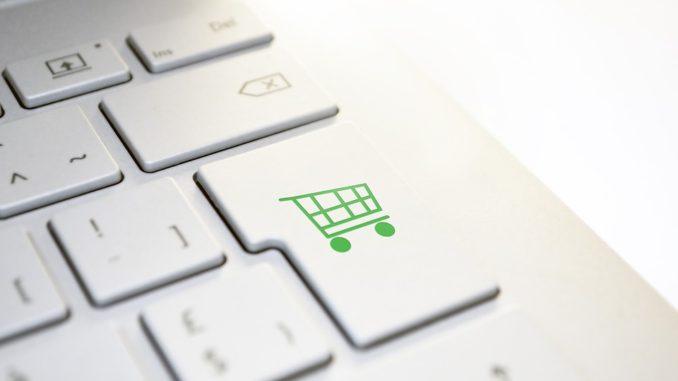 Tipy, ako ušetriť v internetových obchodoch