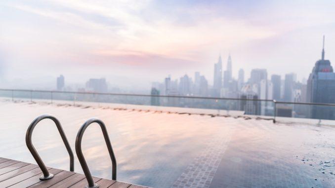 Kde nájdete najkrajšie nekončiaci bazény?