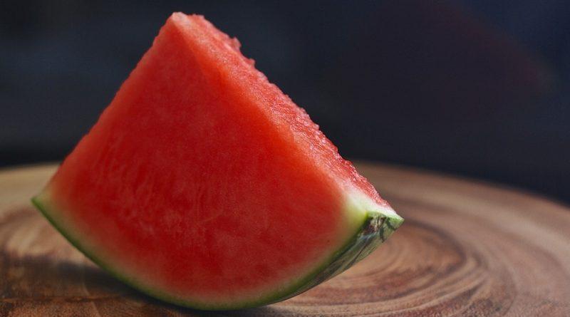Nezrelým melónom je koniec. Začnite vyberať červené a chutné
