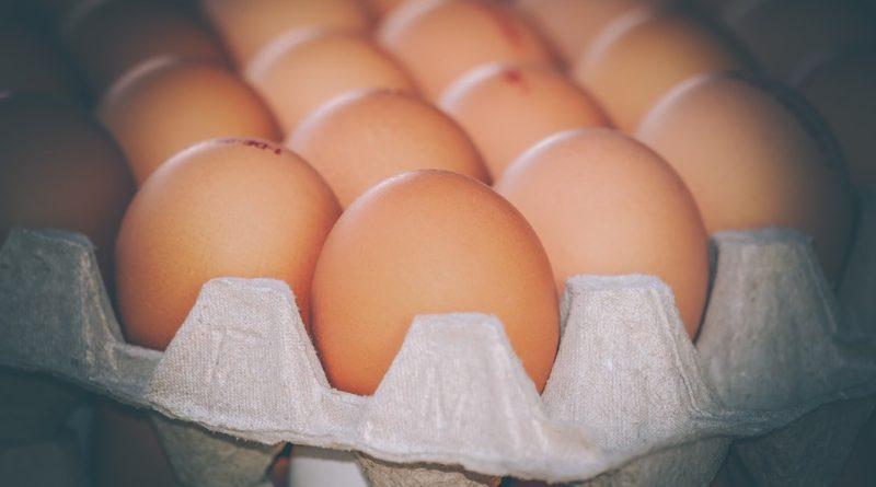 Zaručené triky, aby sa nekazila v chladničke vajíčka